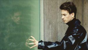 Robert Alfons ist TR/ST und hat das Album Destroyer 1 veröffentlicht