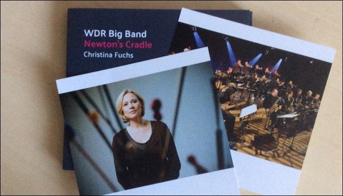 Christina Fuchs und die WDR Big Band veröffentlichen das Album Newton's Cradle